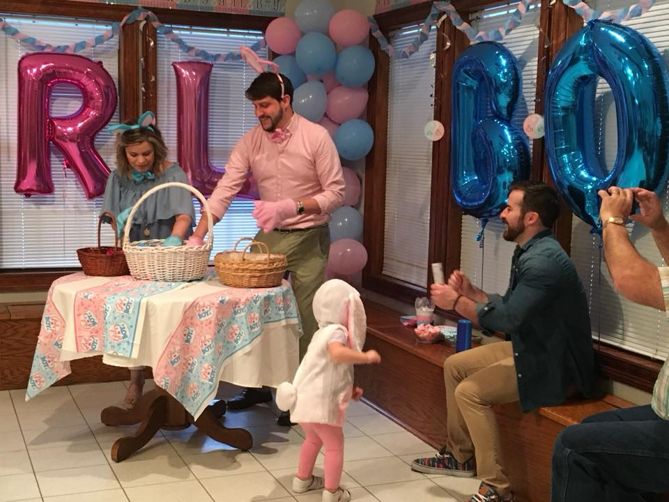 WATCH: THE GENDER REVEAL – IT'S A ____!