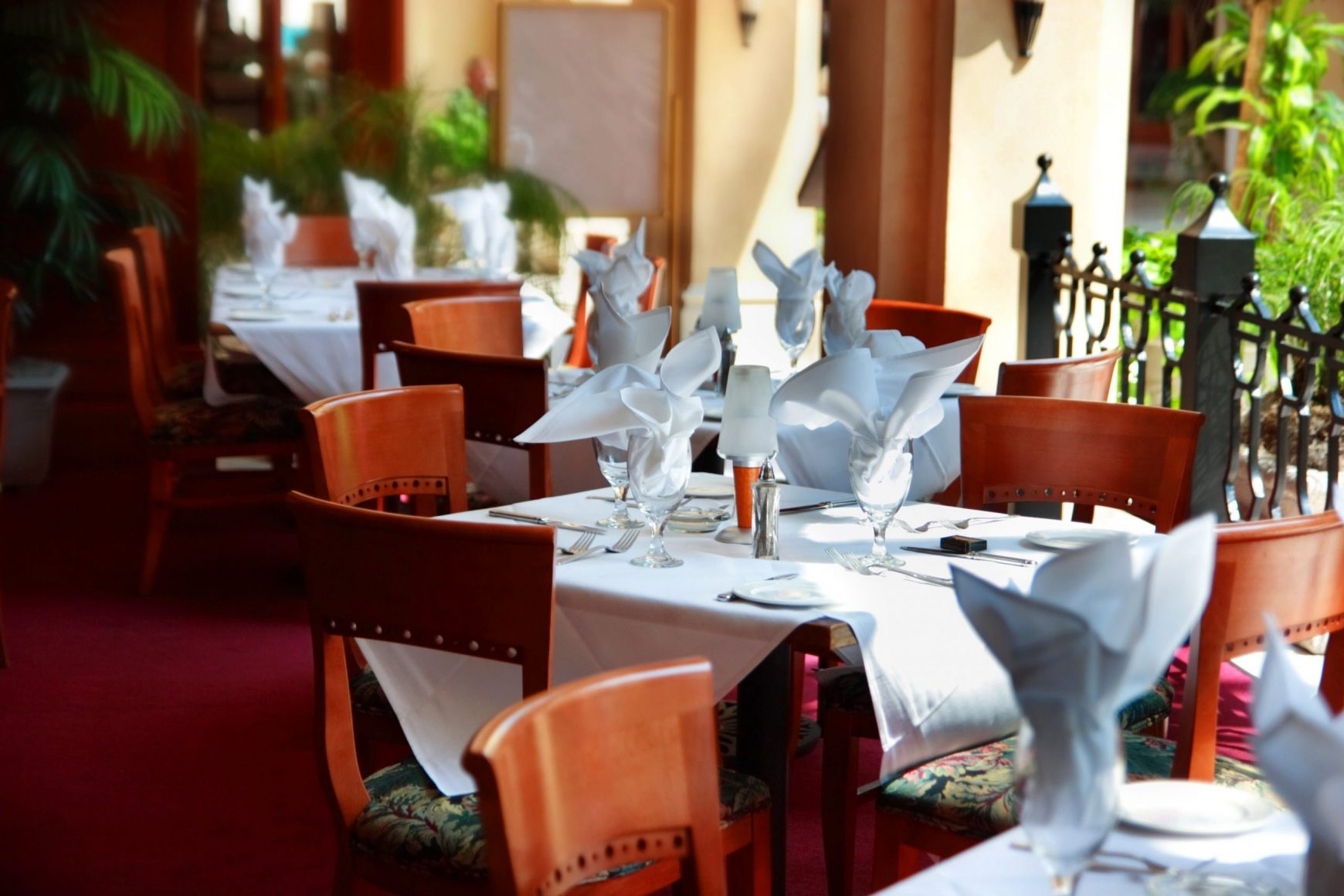 The Fine Dining Rules You Probably Didn't Know
