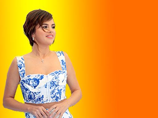 HOLLYWOOD OUTSIDER: Selena Takes a Break
